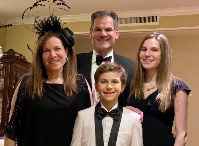 2021 family photo 1.jpg