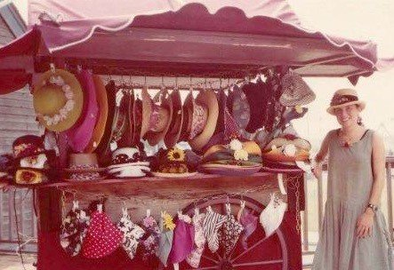 Tina's First Location of The Mod Hatter 1992.jpg